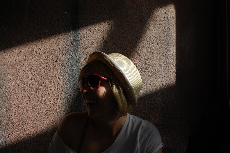 Annie in shadow